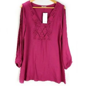 NWT Tobi cut out sleeve magenta tunic top M